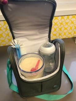 Kit leite e lanchinhos, já levo a escova para lavar no avião!