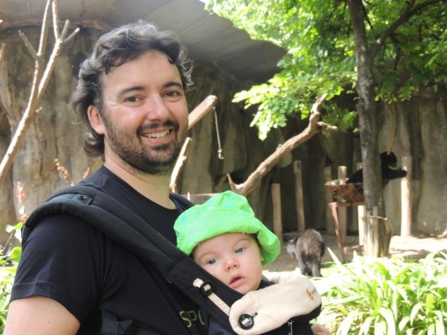 Canguro com papai, Ro com 4 meses em Buenos Aires